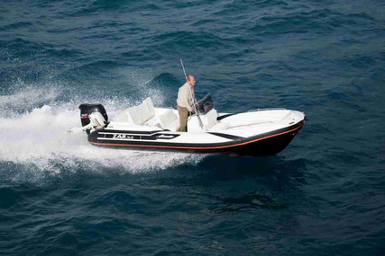 Zar Formenti 53 CLASSIC LUXURY for sale in Portugal for €41,247 (£34,809)