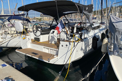 Jeanneau Sun Odyssey 410 for sale in France for €349,225 (£298,256)