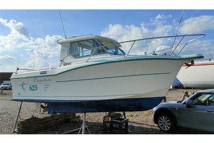 Ocqueteau Oceanis 411 for sale in United Kingdom for £19,950