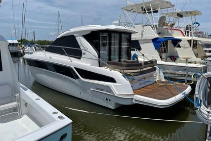 Bavaria Yachts 36 Sport for sale in United States of America for $259,000 (£187,498)