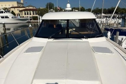 Riviera 5000 Sport Yacht for sale in United States of America for $629,000 (£457,621)