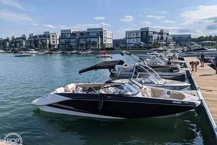 Scarab 255 for sale in Canada for $123,000 (£70,815)