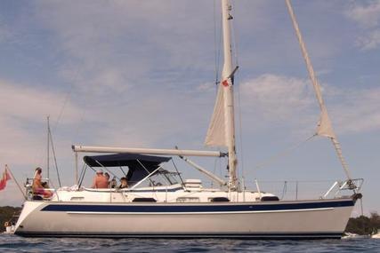 Hallberg-Rassy 37 for sale in France for €185,000 (£156,150)