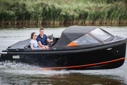 Maxima 600 for sale in United Kingdom for £22,000