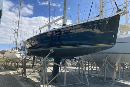 Beneteau First 36.7 for sale in Portugal for €70,000 (£59,949)