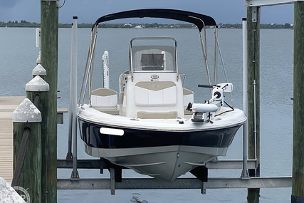 Robalo 206 Cayman for sale in United States of America for $64,900 (£47,424)