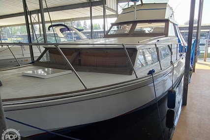 Carver Yachts 3385 Monterey for sale in United States of America for $15,250 (£11,046)