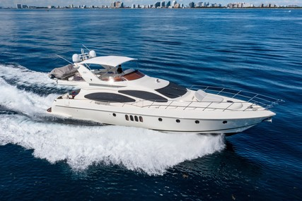 Azimut Yachts Plus with Flybridge for sale in United States of America for $725,000 (£525,450)