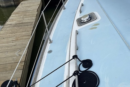 Freedom Yachts Cat Ketch 33 for sale in United States of America for $30,000 (£21,729)