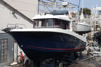 Beneteau Barracuda 9 for sale in France for €75,000 (£64,675)