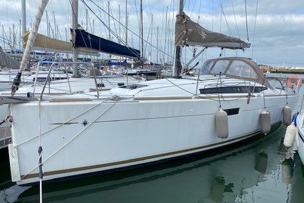 Jeanneau Sun Odyssey 349 for sale in France for €99,000 (£84,786)