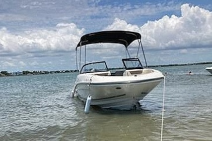 Bayliner VR5 for sale in United States of America for $32,900 (£24,074)