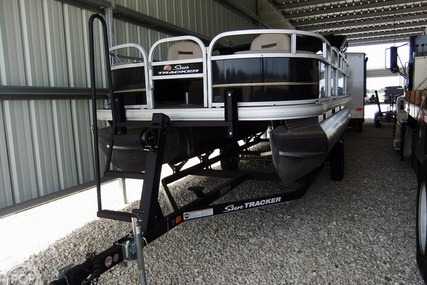 Sun Tracker Bass Buggy DLX for sale in United States of America for $31,150 (£22,562)
