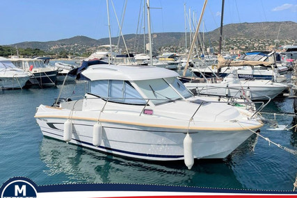 Beneteau Antares 750 HB for sale in France for €36,000 (£30,831)