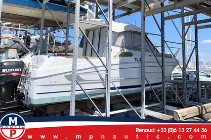 Beneteau Antares 680 HB for sale in France for €29,000 (£24,691)