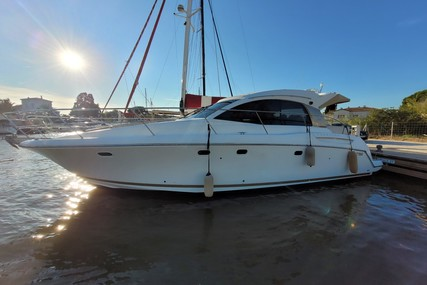 Jeanneau Prestige 38 S for sale in France for €160,000 (£136,541)