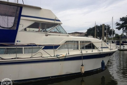 Chris-Craft 350 Double Cabin for sale in United States of America for $18,250 (£13,282)