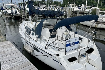 Hunter 32 Vision for sale in United States of America for $17,900 (£13,058)