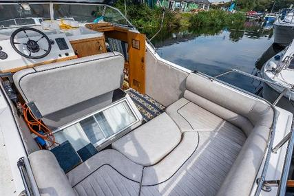Viking Yachts widebeam 26 for sale in United Kingdom for £39,950 ($54,963)