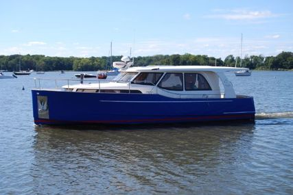 GREENLINE 33 for sale in United States of America for $245,000 (£178,401)