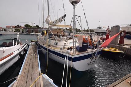 Hallberg-Rassy 45 for sale in Croatia for €185,000 (£158,102)