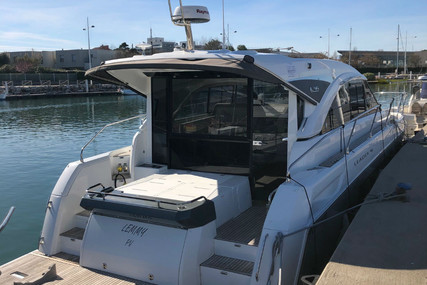 Jeanneau Leader 46 for sale in France for €494,000 (£423,072)