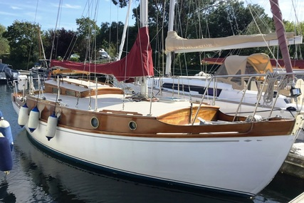 28ft MAURICE GRIFFITHS LONE GULL II BERMUDIAN SLOOP for sale in United Kingdom for £25,000