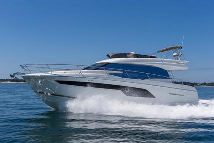 Prestige 520 for sale in Hong Kong for $1,131,200 (£824,207)