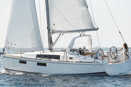 Beneteau Oceanis 38.1 for sale in France for €140,000 (£119,473)