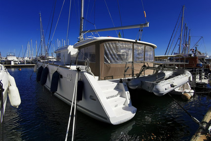 Lagoon 450 for sale in France for €385,000 (£331,997)