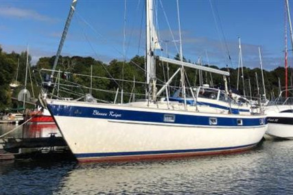 Hallberg-Rassy 352 for sale in Ireland for €79,500 (£68,085)
