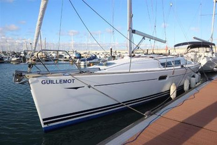 Jeanneau Sun Odyssey 39i Performance for sale in Ireland for €89,950 (£77,035)