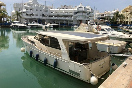 Greenline Boats / Hibrid 33 for sale in Spain for £155,000