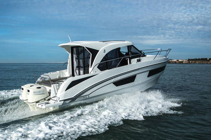 Beneteau Antares 9 for sale in France for €169,900 (£146,510)