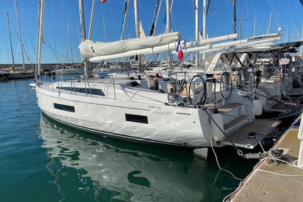 Beneteau Oceanis 40.1 for sale in France for €319,000 (£272,619)