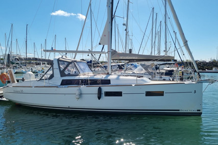 Beneteau Oceanis 35 for sale in France for €127,900 (£109,536)