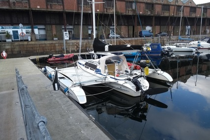 Quorning Boatyard APS DRAGONFLY 920 for sale in United Kingdom for €60,000 (£51,385)