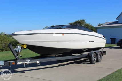 Stingray 225 SE for sale in United States of America for $63,900 (£46,366)