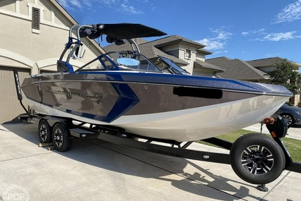 Correct Craft Super Air Nautique G25 for sale in United States of America for $162,000 (£117,339)
