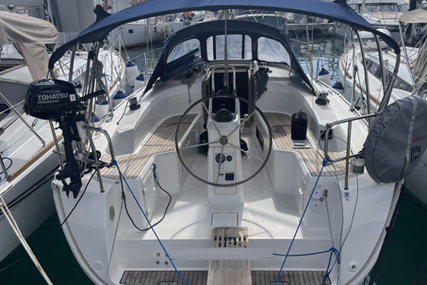 Bavaria Yachts Cruiser 33 for sale in Netherlands for €89,500 (£75,543)