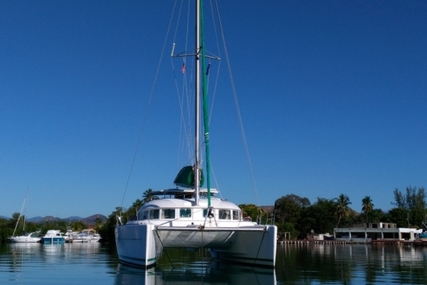 Lagoon 380 for sale in United States of America for $185,000 (£134,594)
