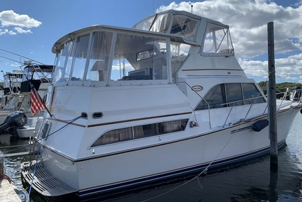 Ocean Yachts 42 Sunliner for sale in United States of America for $89,900 (£65,406)