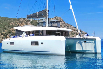 Lagoon 42 for sale in Greece for €382,000 (£322,058)