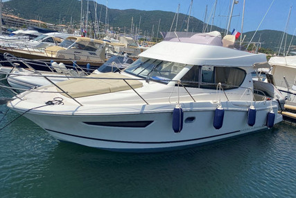 Jeanneau Merry Fisher 10 for sale in France for €92,500 (£77,985)