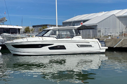 Jeanneau Merry Fisher 1095 for sale in France for €234,000 (£197,282)