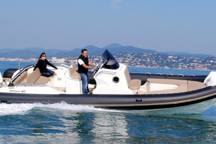 Nuova Jolly 30 Prince for sale in France for €185,000 (£155,971)