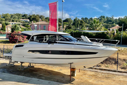 Jeanneau NC 37 for sale in France for €474,000 (£398,872)