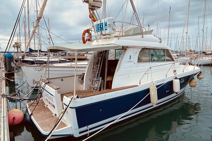 Beneteau Antares 10.80 for sale in Spain for €94,000 (£79,101)