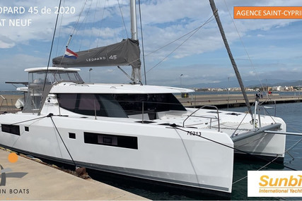 Robertson and Caine Leopard 45 for sale in Spain for €795,000 (£668,995)