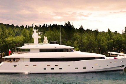 Avangard 42M for sale in France for €8,911,000 (£7,498,633)